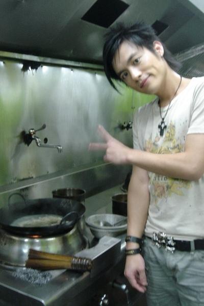 入得廚房 出得廳堂 YA!