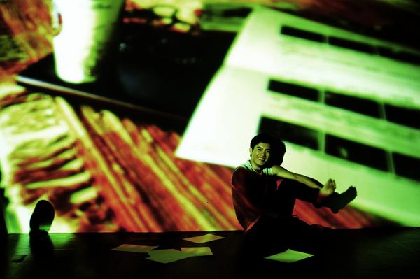 5這些創意投影圖片是范逸臣的作品.jpg