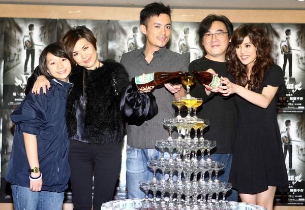 麥子(左起)、張清芳、范逸臣、陳復明、夏宇童.jpg