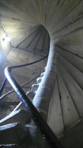 400年的石造樓梯