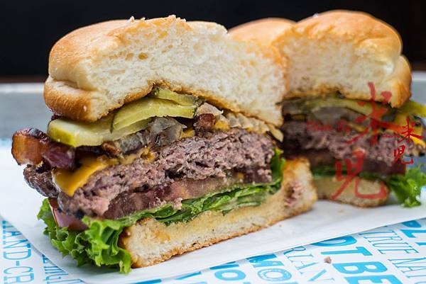 burger-0038.jpg