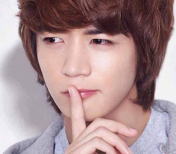 2012Etude house kiss note minho