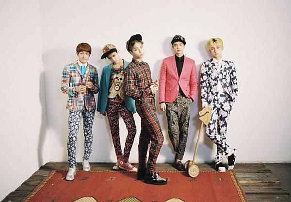 130212 3rd album Dream Girl-group1