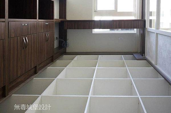 地板櫃2.jpg