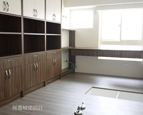 地板櫃1.jpg
