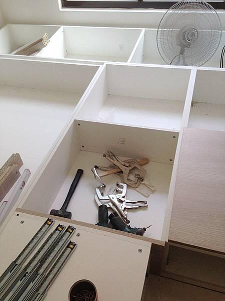 地板櫃a2.jpg