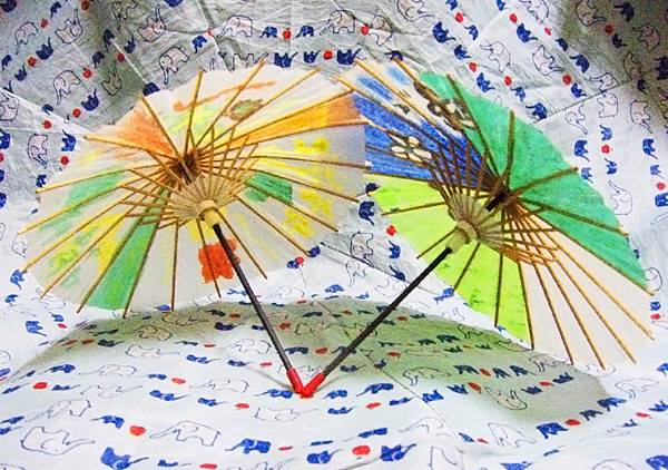 taiwan souvenirs and gifts oil paper umbrellas2.jpg