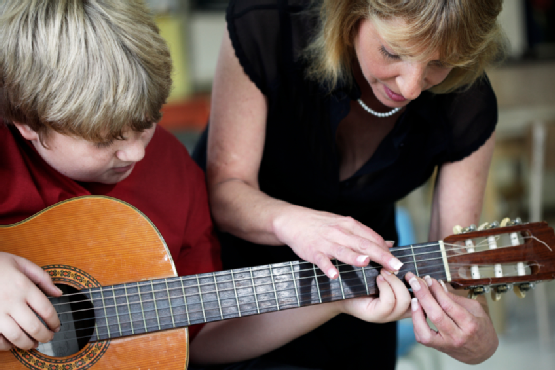 best-age-for-kids-to-learn-music