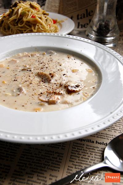 蘑菇玉米濃湯