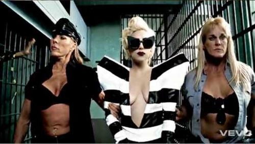 Gaga beyonce telephone