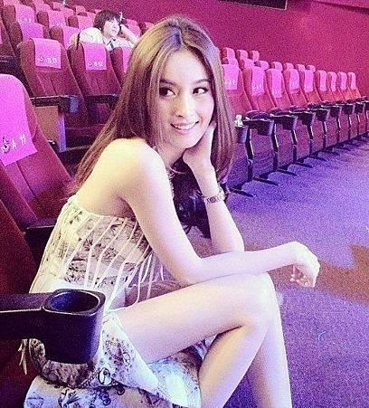 泰國最美人妖!看見她,很多女人都哭了...