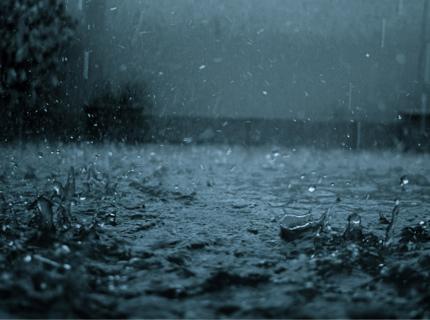 開車遇到大雨看不清楚時,教你一招變清晰!!