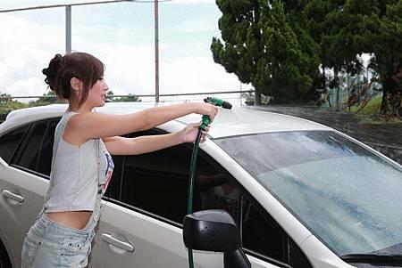 天啊!原來我們都洗錯了~教你如何正確洗車