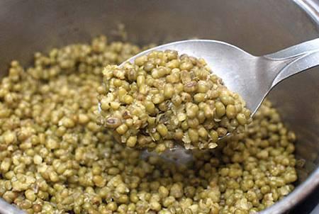 用「電鍋」煮出好喝「綠豆湯」的祕訣