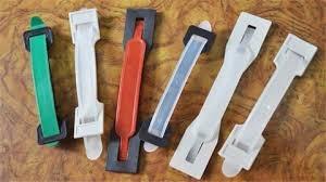 ❤ [影片分享] 紙箱上的塑料把手不要扔,把它掛在陽台,家家戶戶用的到,太棒了.jpg