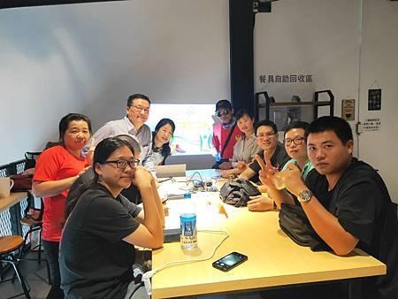 解禁了 614與夥伴在台南喝下午茶.jpg