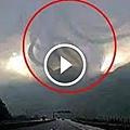 被鏡頭拍攝到天空神秘的畫面,這是科學無法解釋的現象!.jpeg