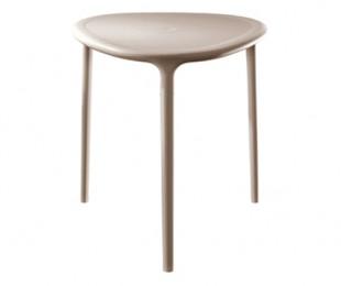 Air Table 可堆疊塑料餐桌