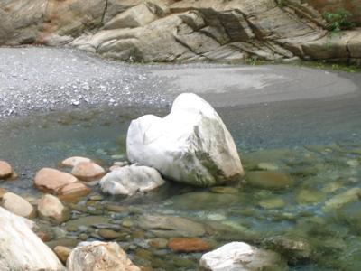 06 去程-心形石.jpg