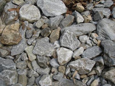 27 去程-大理石碎石堆.jpg