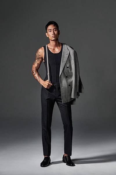 5.「他經濟」崛起!維娜斯推4款男仕塑身衣搶市,穿著維娜斯塑身衣商務型男,顯瘦之際更顯身形英挺、自信-1.jpg