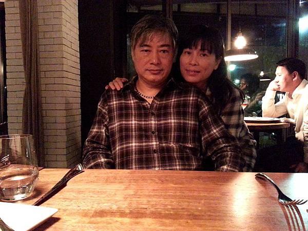 1合照- L'air Cafe.Neo Bistro-2013.3.19-.jpg