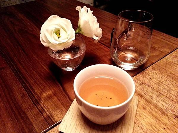 東方美人茶- L'air Cafe.Neo Bistro-2013.3.19.jpg