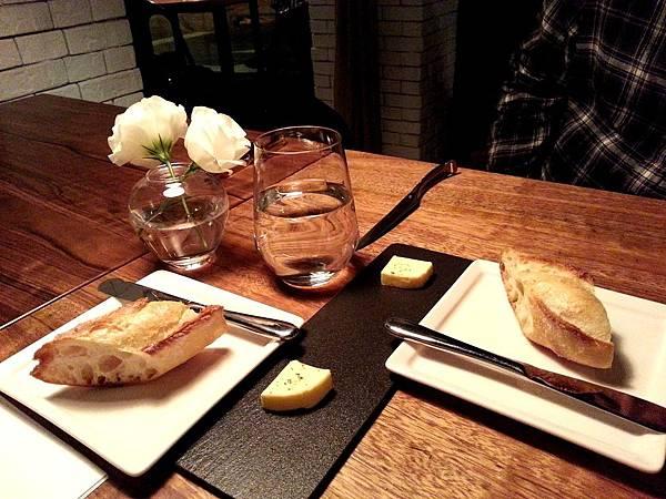 麵包- L'air Cafe.Neo Bistro-2013.3.19.jpg