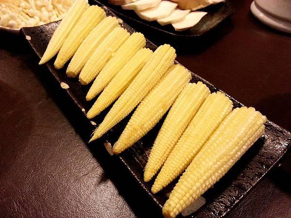 玉米筍-史記鴛鴦麻辣鍋-2013.4.22.jpg
