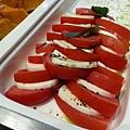 陽光蕃茄乳酪沙拉-2013.5.19.jpg