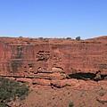 超筆直的峽谷山壁
