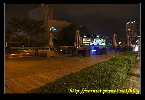 紅樓外廣場