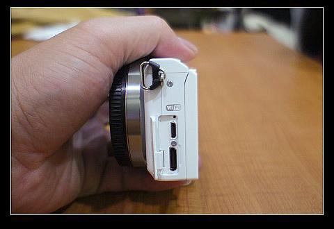 相機側面wifi-2