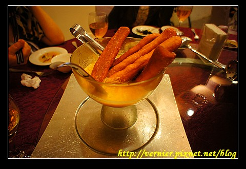 甜甜圈麵包濃湯