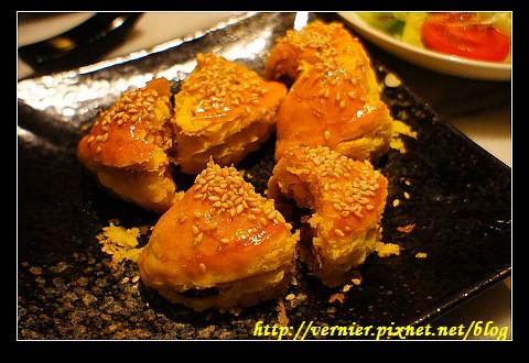 黃金叉燒酥