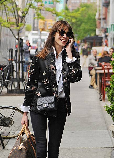 Alexa-Chung-Chanel-Mini-Classic-Flap-Louis-Vuitton-Mon-Monogram-Keepall-1.jpg