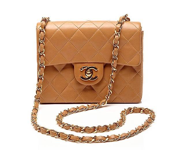 Vintage-Chanel-Bags-10.jpg