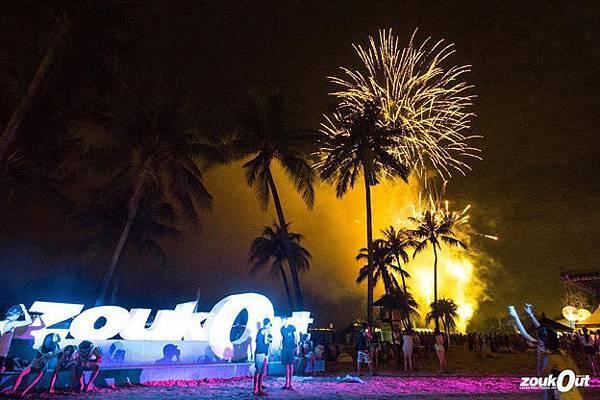 《ZoukOut》新加坡 聖淘沙 2015亞洲最大沙灘音樂派對