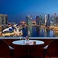 《The Ritz-Carlton Millenia Singapore》新加坡麗思卡爾頓美年飯店 Enjoy Our Summer暑假優惠專案.jpg