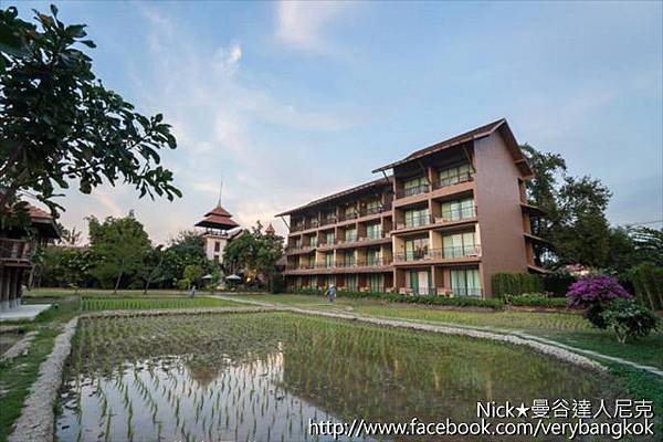 尼克-Siripanna villa resort and spa-14.jpg