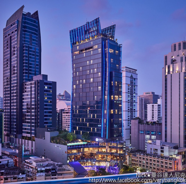 Hyatt Regency Bangkok Sukhumvit-1.jpg
