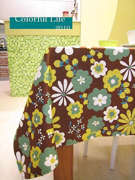 2010桌巾3.JPG