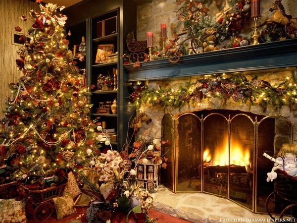 Christmas-Tree-Fireplace-1024-127315.jpg