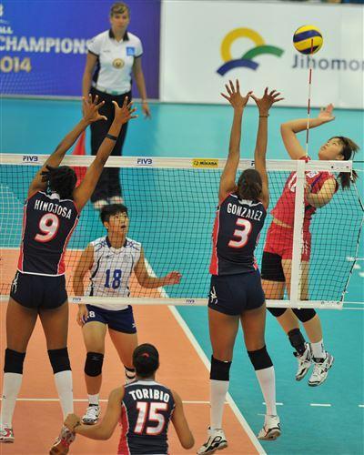 中華青女VS多明尼加