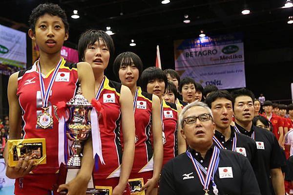 日本青少女
