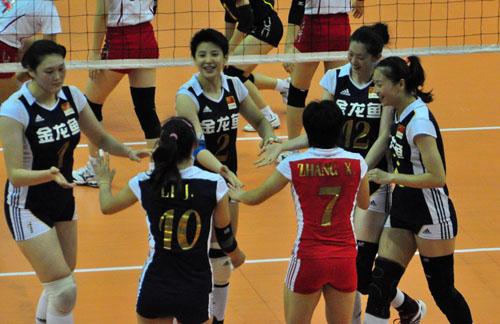 中國隊慶祝晉級決賽.jpg