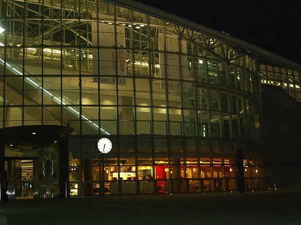 高鐵新竹站夜間美