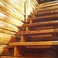 Day1.小木屋 @ 踩上去會發出吱吱聲的可怕樓梯