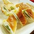 Day2.小木屋吃早餐 @ 什麼!!!麵包還有二款!!!