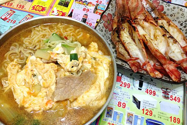 辛拉麵配明蝦